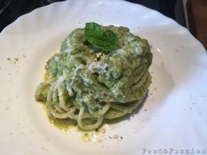 Vermicelli al pesto di zucchine e pistacchio